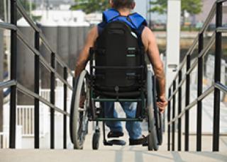 Commerce mise aux normes d accessibilité pour les personnes