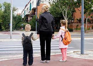 Prévention : 3 parents sur 4 imprudents sur le chemin de l'école