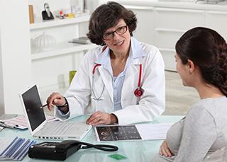 Médecin conventionné, non conventionné : quelle différence ?