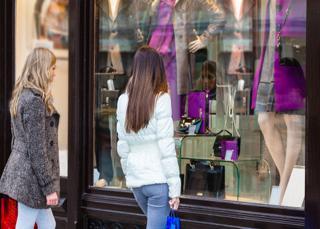 Modifier la devanture de son commerce : quelles règles ?